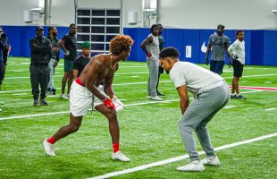 HE'S FASTER THAN TYREEK HILL! 1ON1 W/ DEZ BRYANT